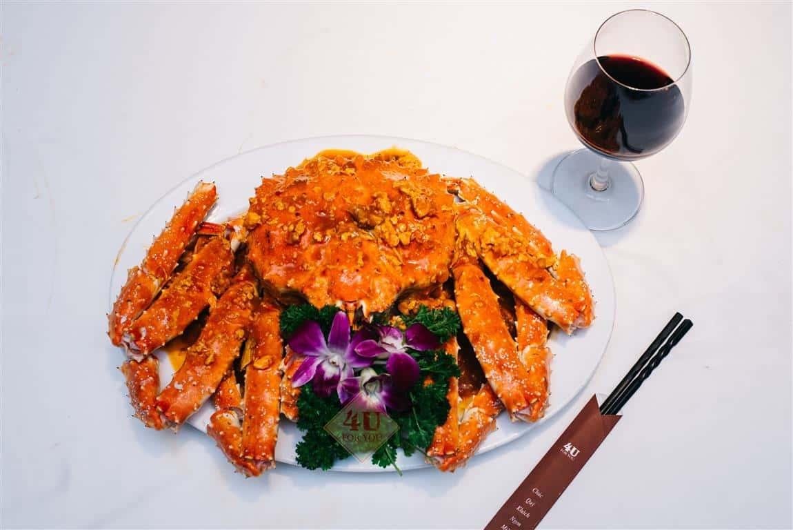 Cua Hoàng Đế Cháy Tỏi / King Crab Fried with garlic