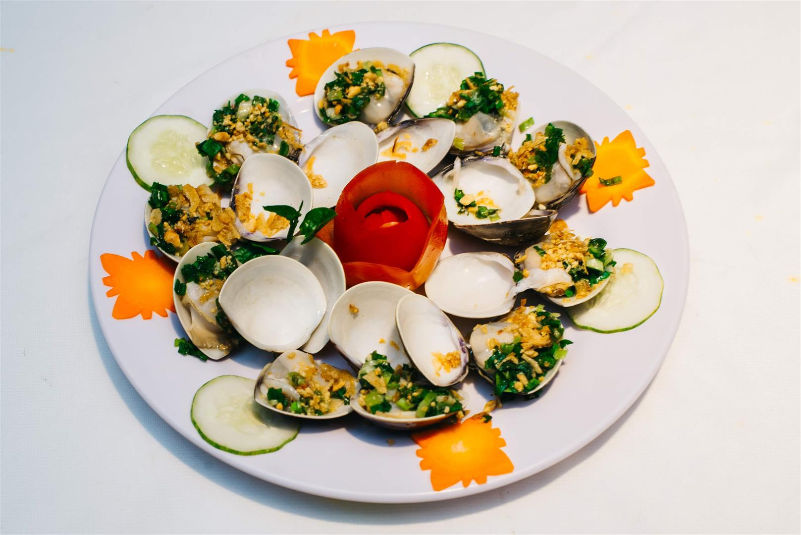 Nghêu Nướng Mở Hành / Clam Grilled with onion and oil