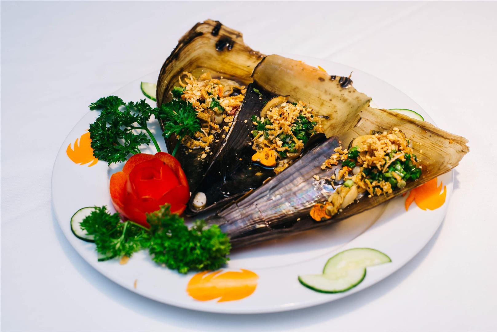 Sò Mai Nướng Mỡ Hành / Seashell Grilled with onion and oil